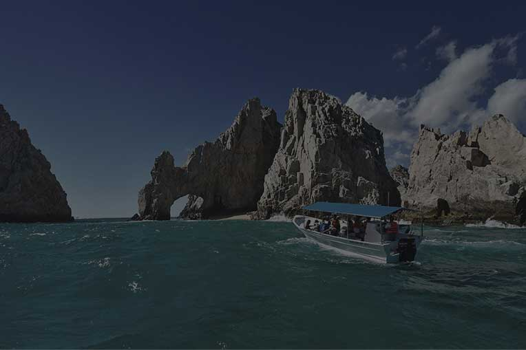 Boat approaching to El Arco at Los Cabos
